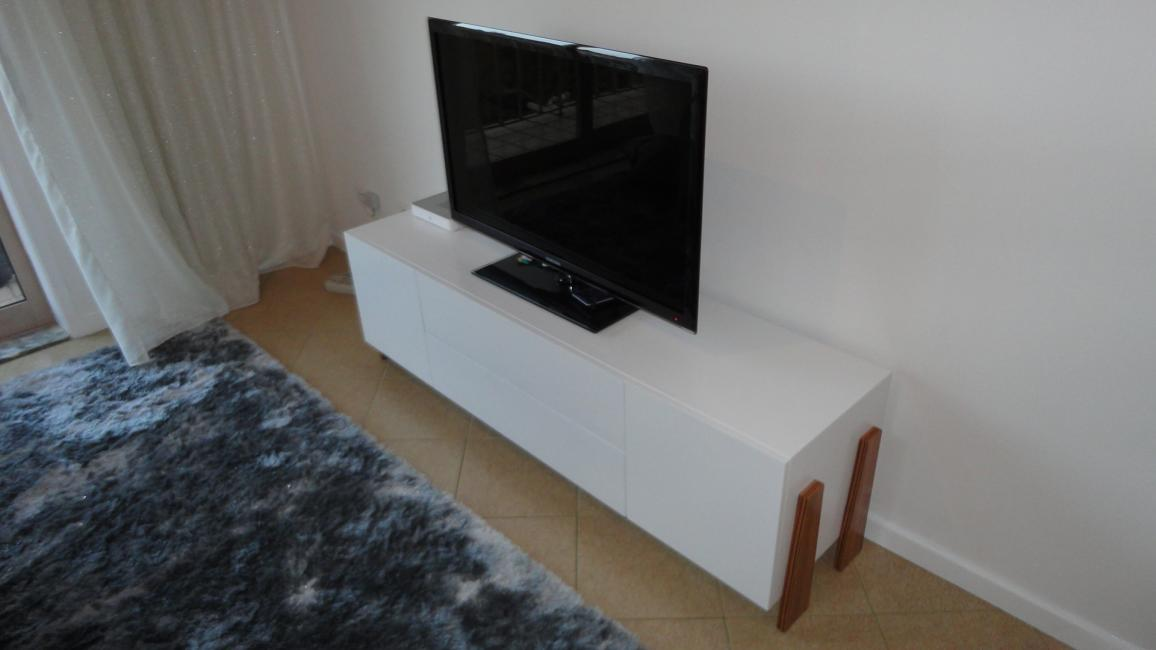 Móvel TV Daniel